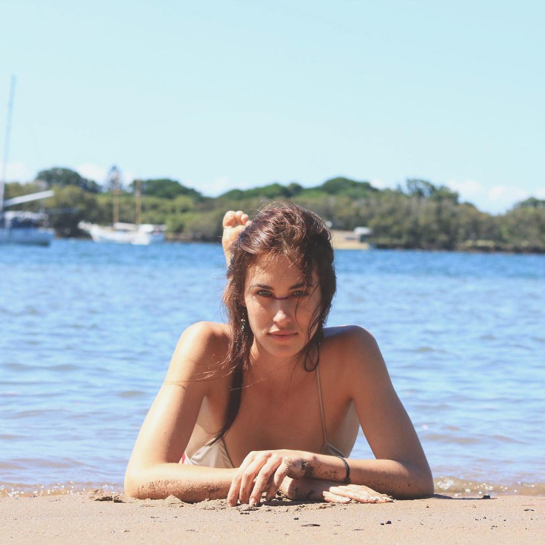 Bianca Saul Nude Photos 99