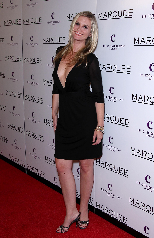 Cleavage Leah Ayres nudes (18 foto) Sideboobs, YouTube, cleavage