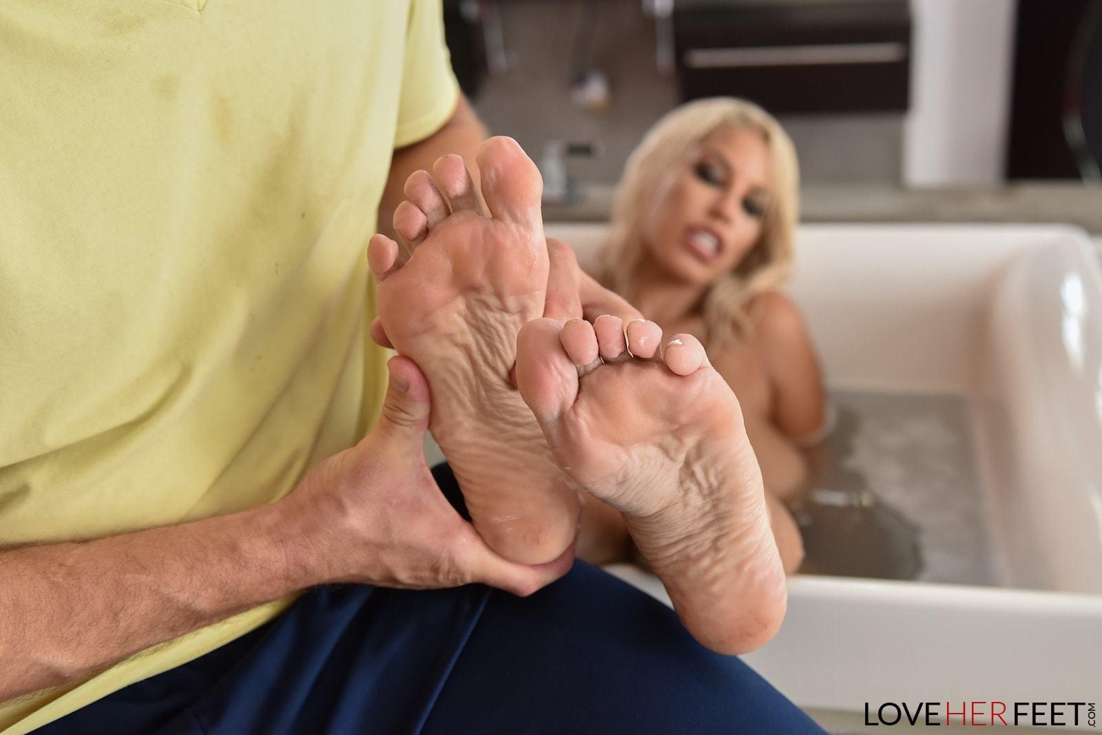 Feet bridgette b Bridgette B's