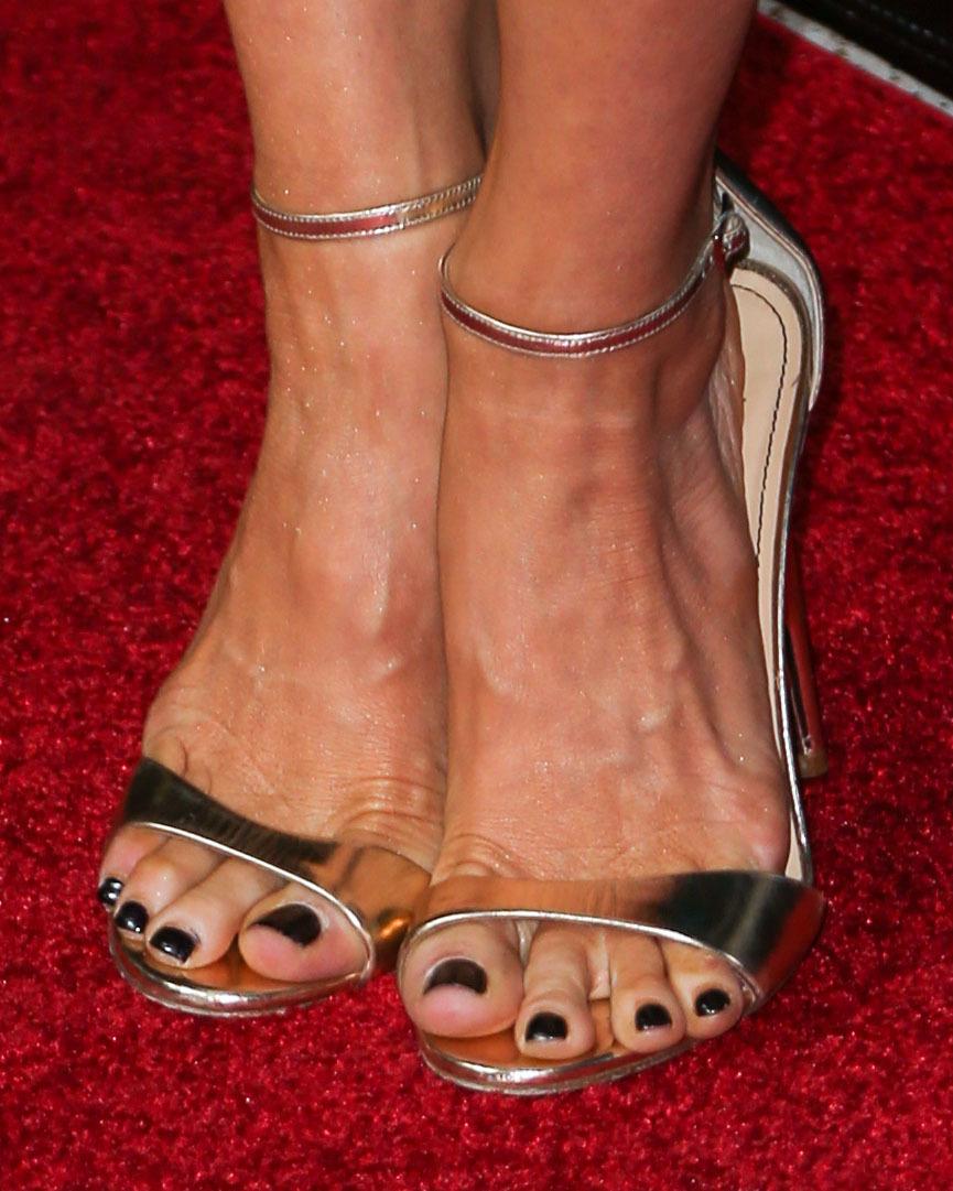 Feet Brittany Snow nude photos 2019