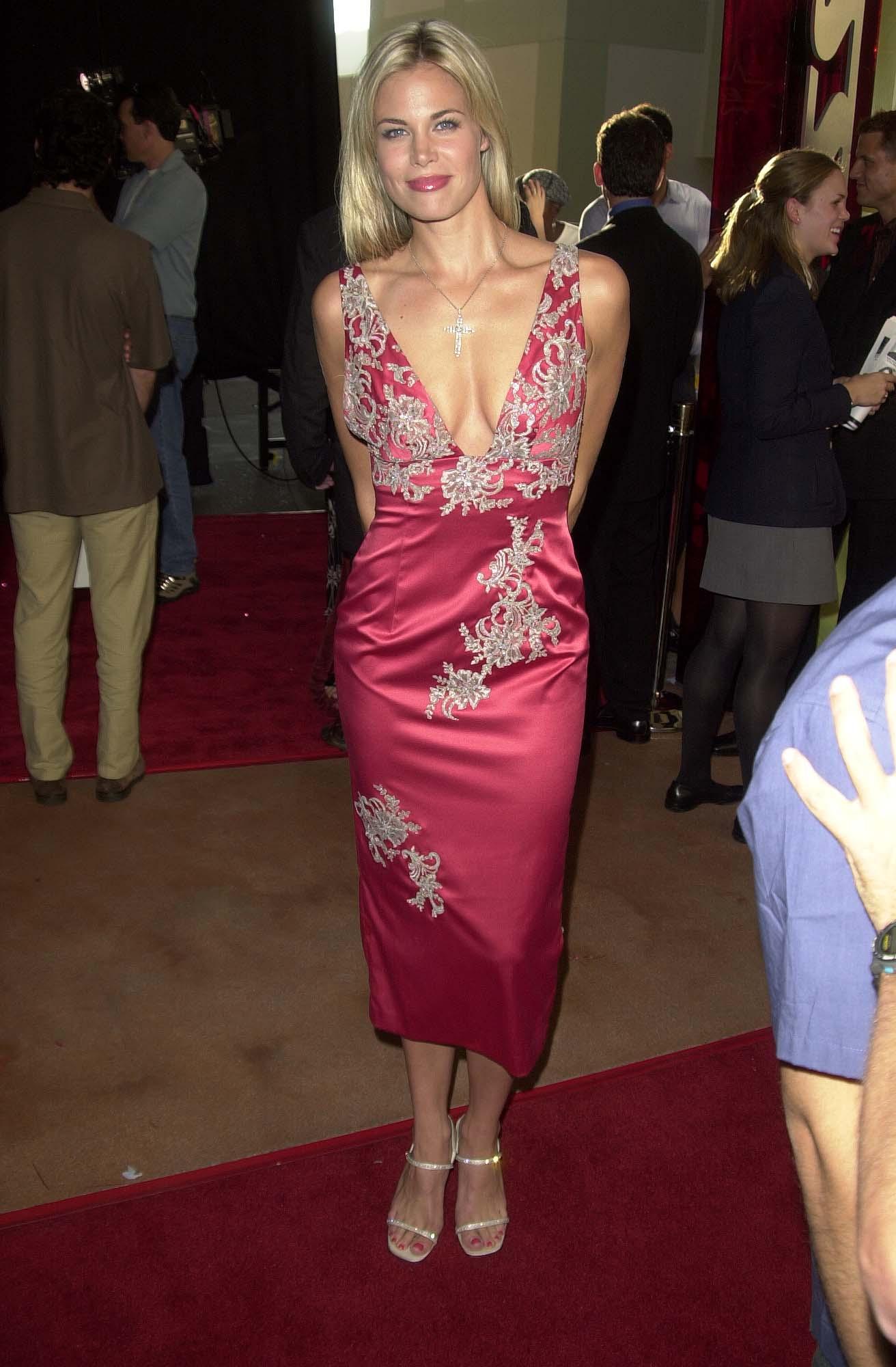More Pics of Brooke Burns Mini Skirt (12 of 13) - Mini ... |Shorts Brooke Burns