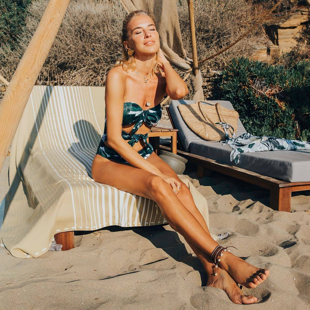 Video Burcu Esmersoy nudes (18 photo), Sexy, Fappening, Twitter, underwear 2019