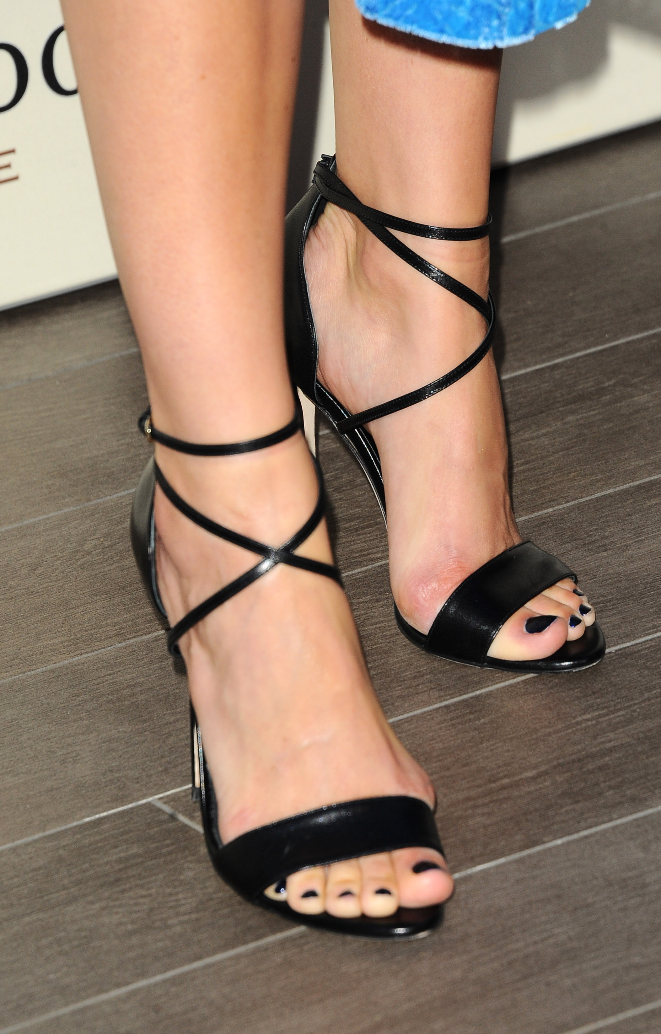 with very pretty toes i think its a shame how she is abusing her feet
