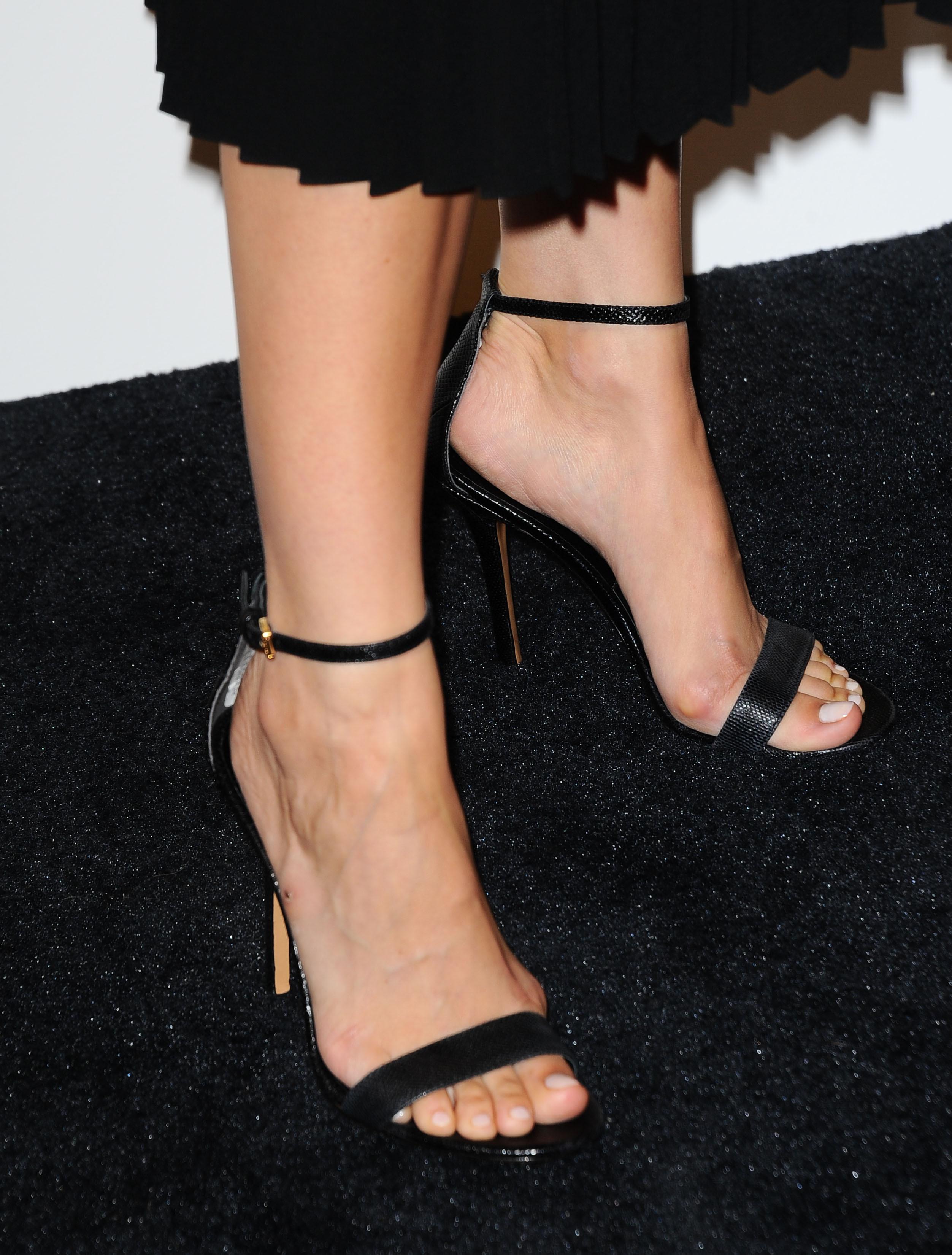 Camilla feet