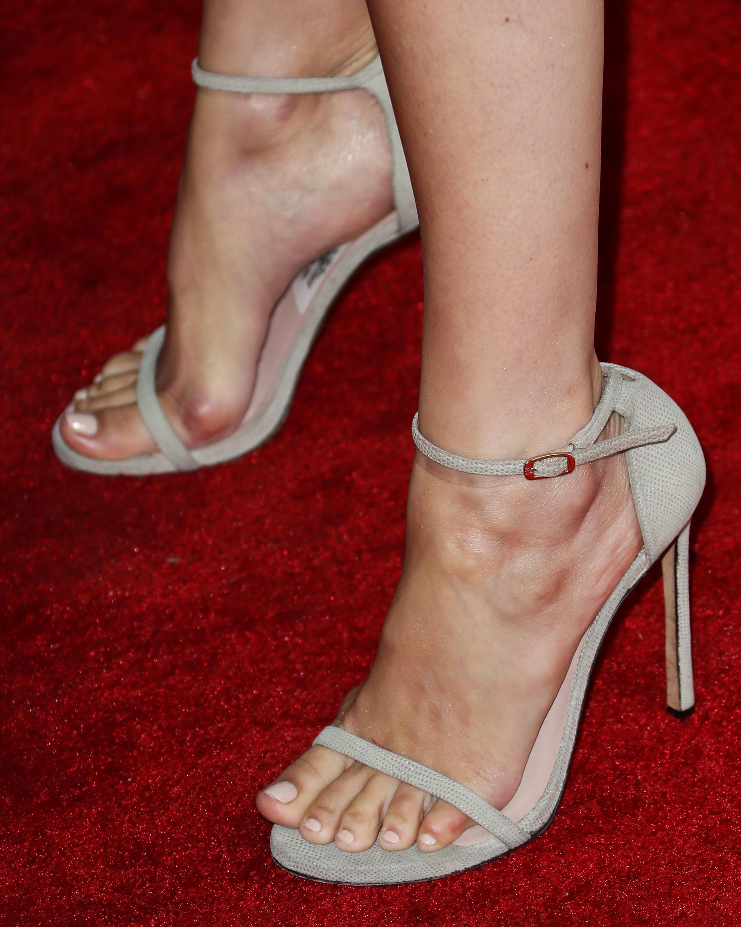 Feet Camilla Belle nudes (88 pics), Sideboobs