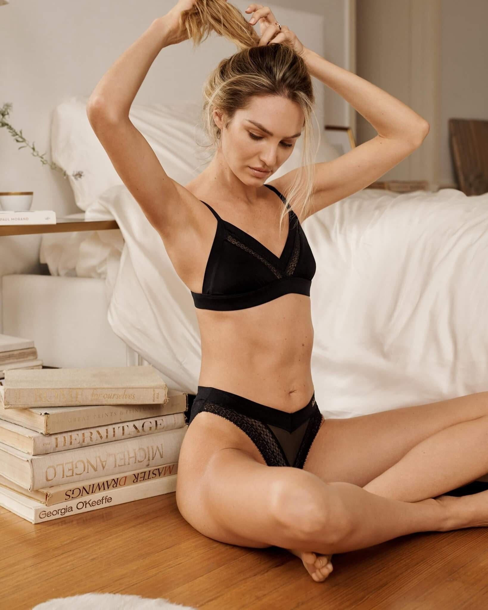 Candice Swanepoel S Feet Wikifeet