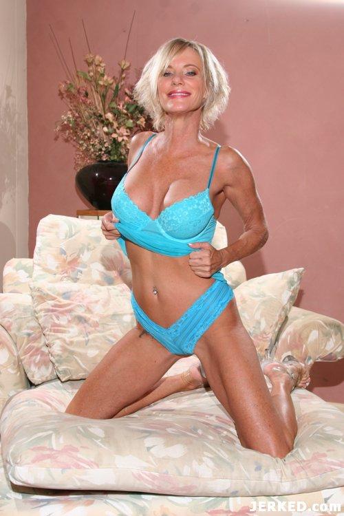 Mature Milf Kara Lott Naked 18