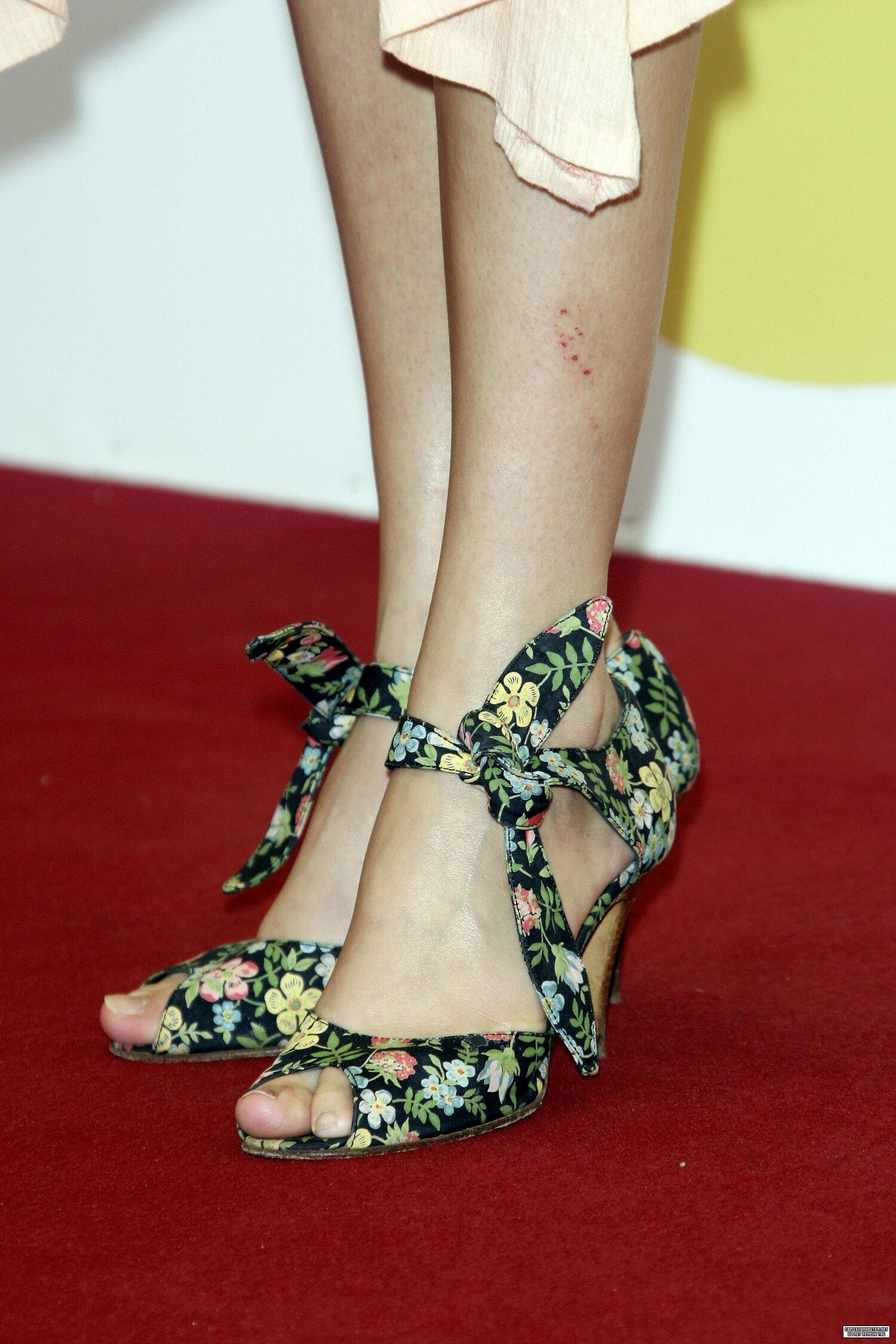 Carice Van Houten Feet