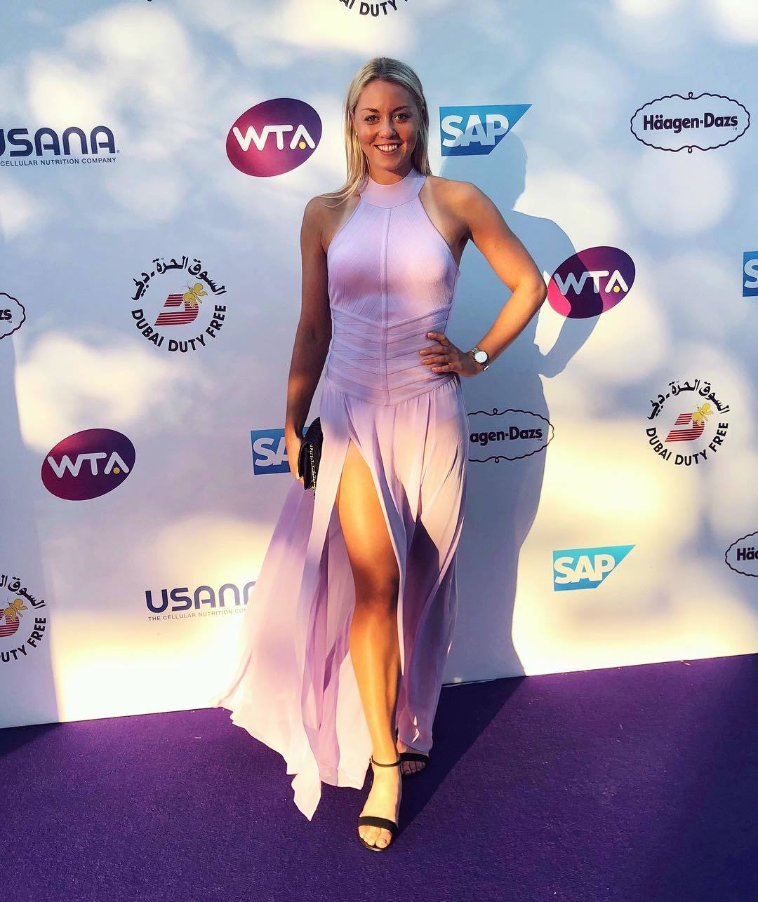 Carina Witthoeft - Page 13 Carina-Witth%C3%B6ft-Feet-4657185