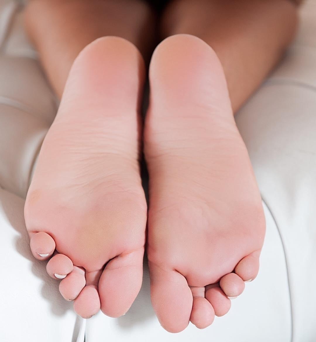 Feet Carol Muniz naked (57 photo), Ass, Fappening, Instagram, braless 2018