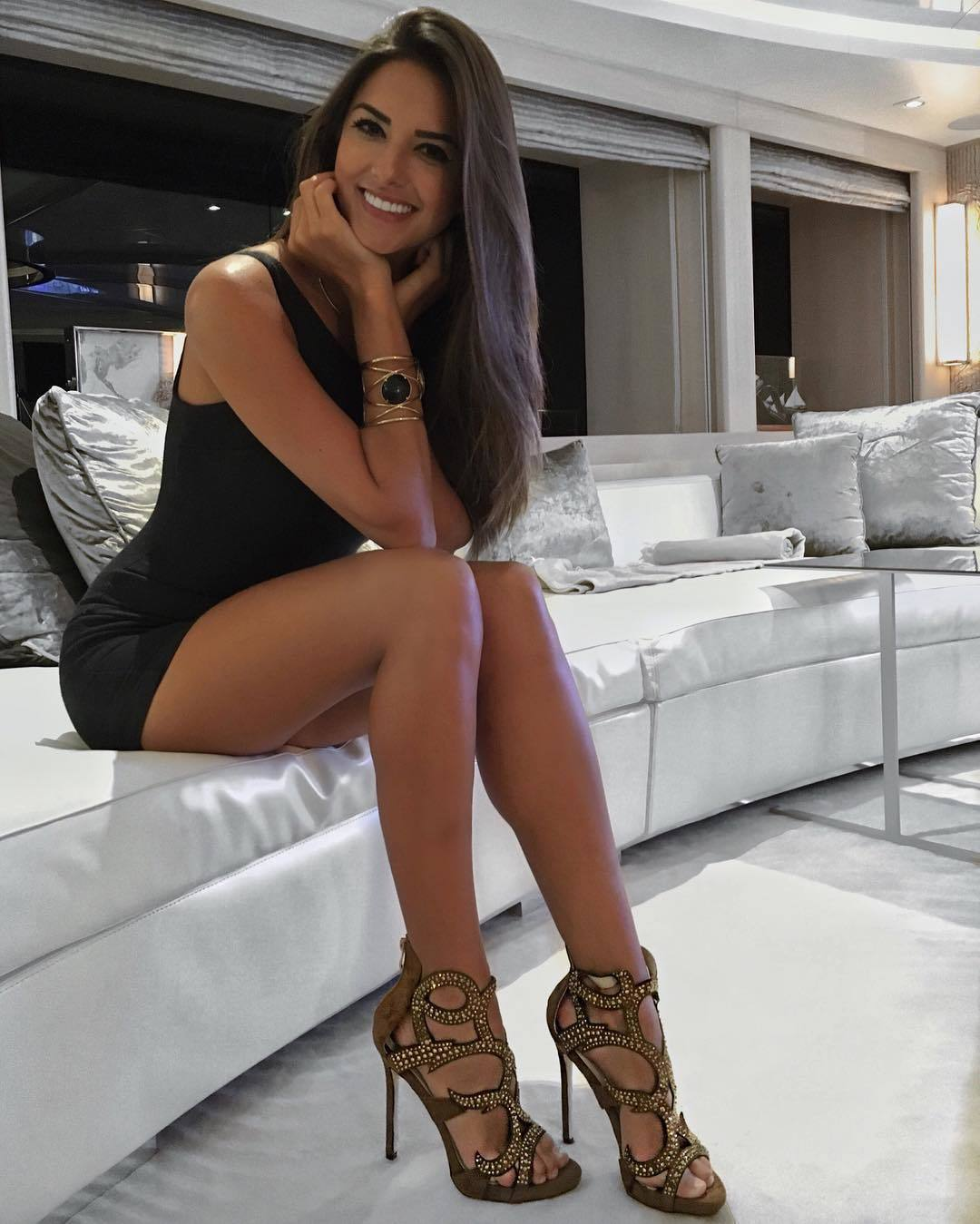 Fake Couch Auditions: Caroline Chafauzer's Feet