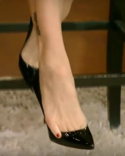 Carrie Anne Inaba Feet 117