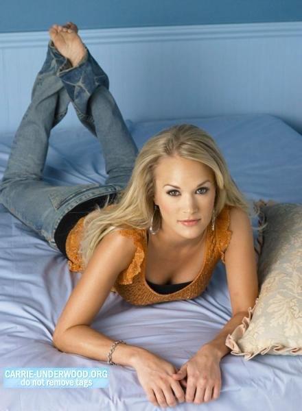 Carrie underwood sexy feet