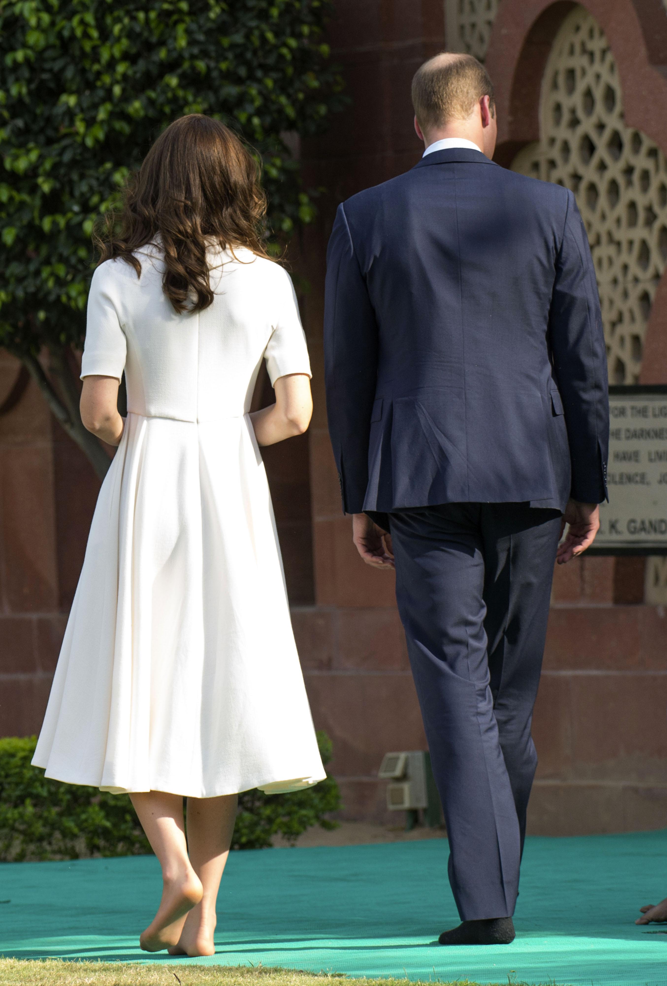 https://pics.wikifeet.com/Catherine-Duchess-of-Cambridge-Feet-2205034.jpg