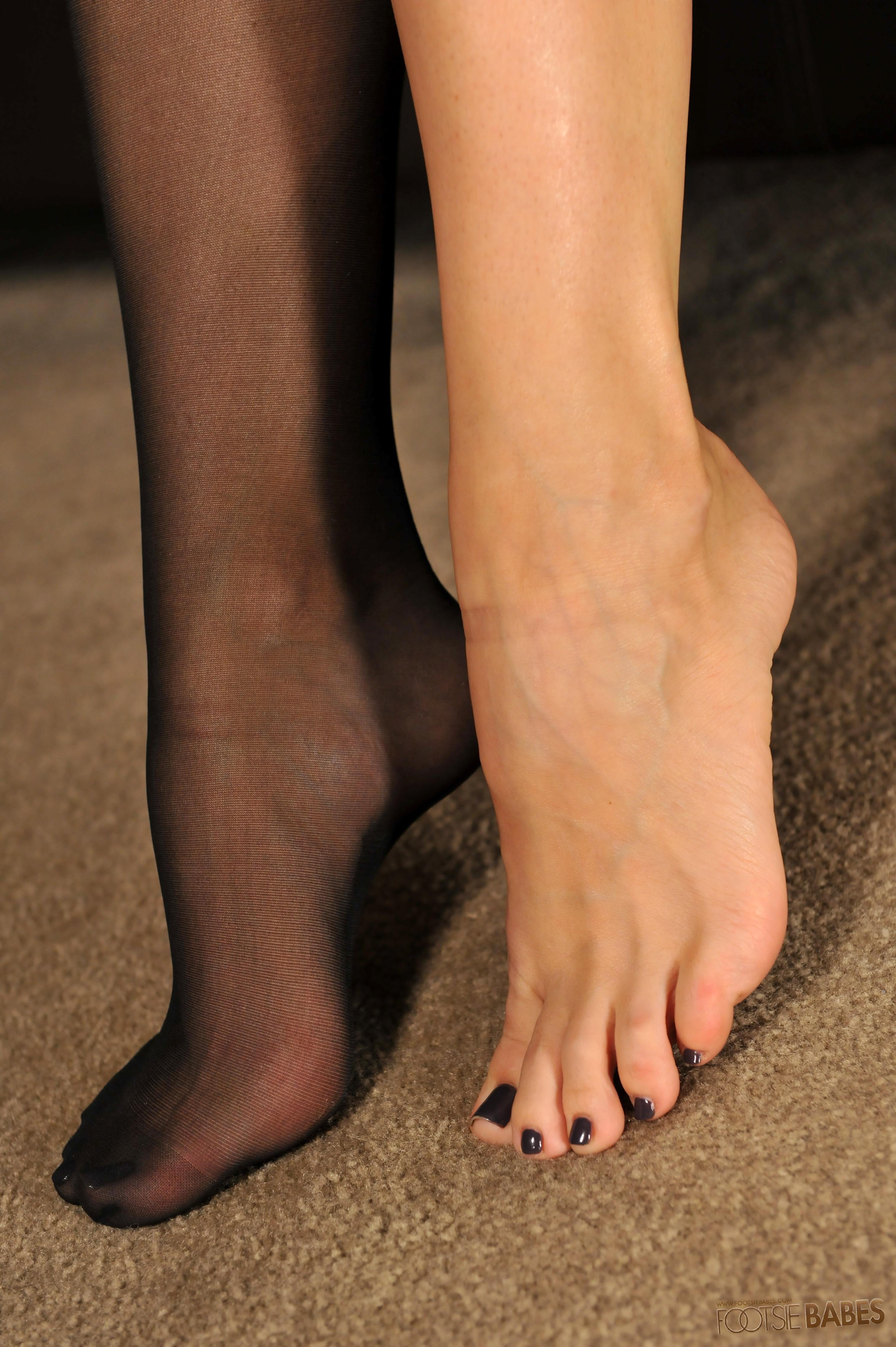 Chanel Prestons Feet