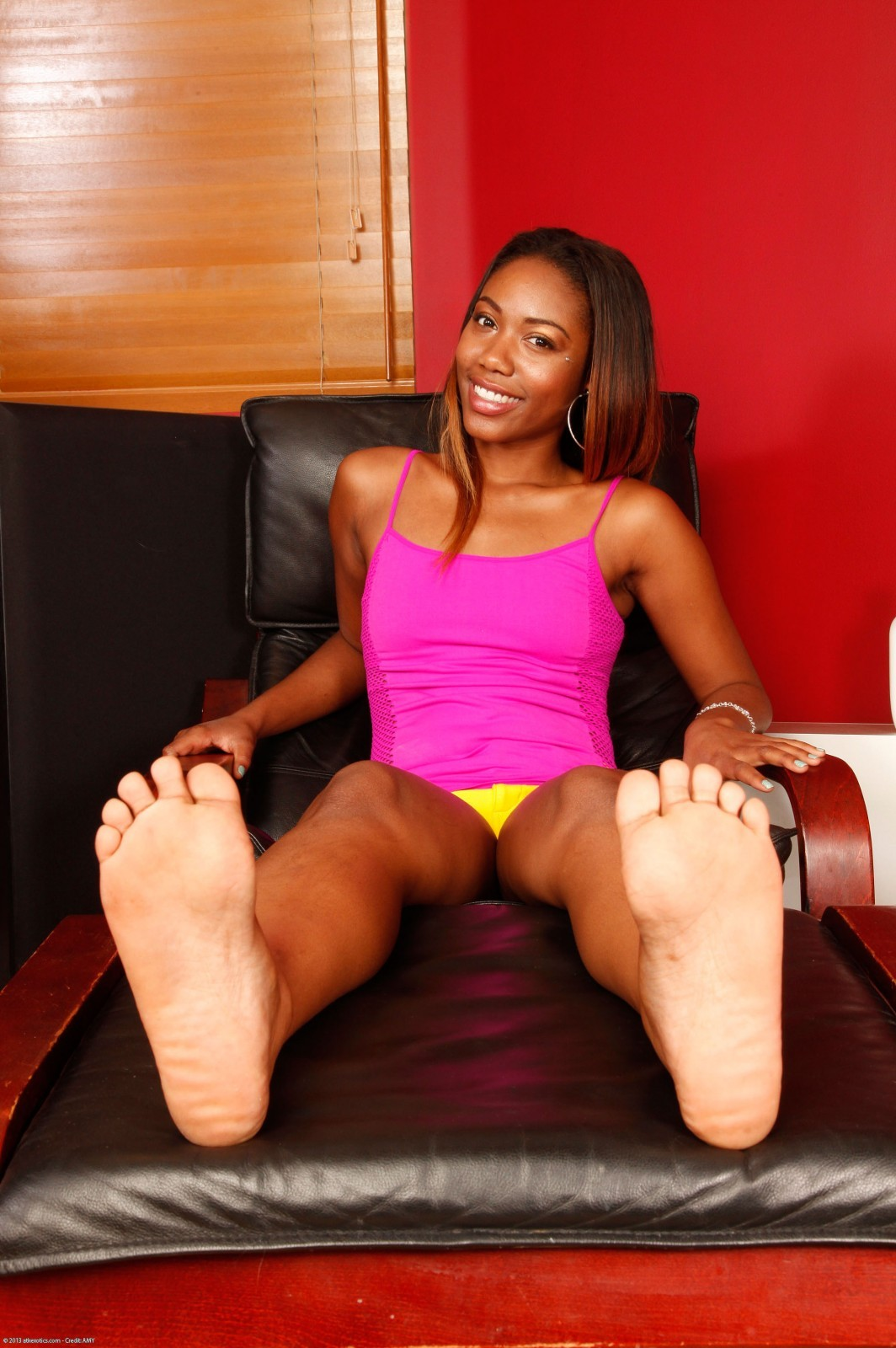 Chanell heart feet
