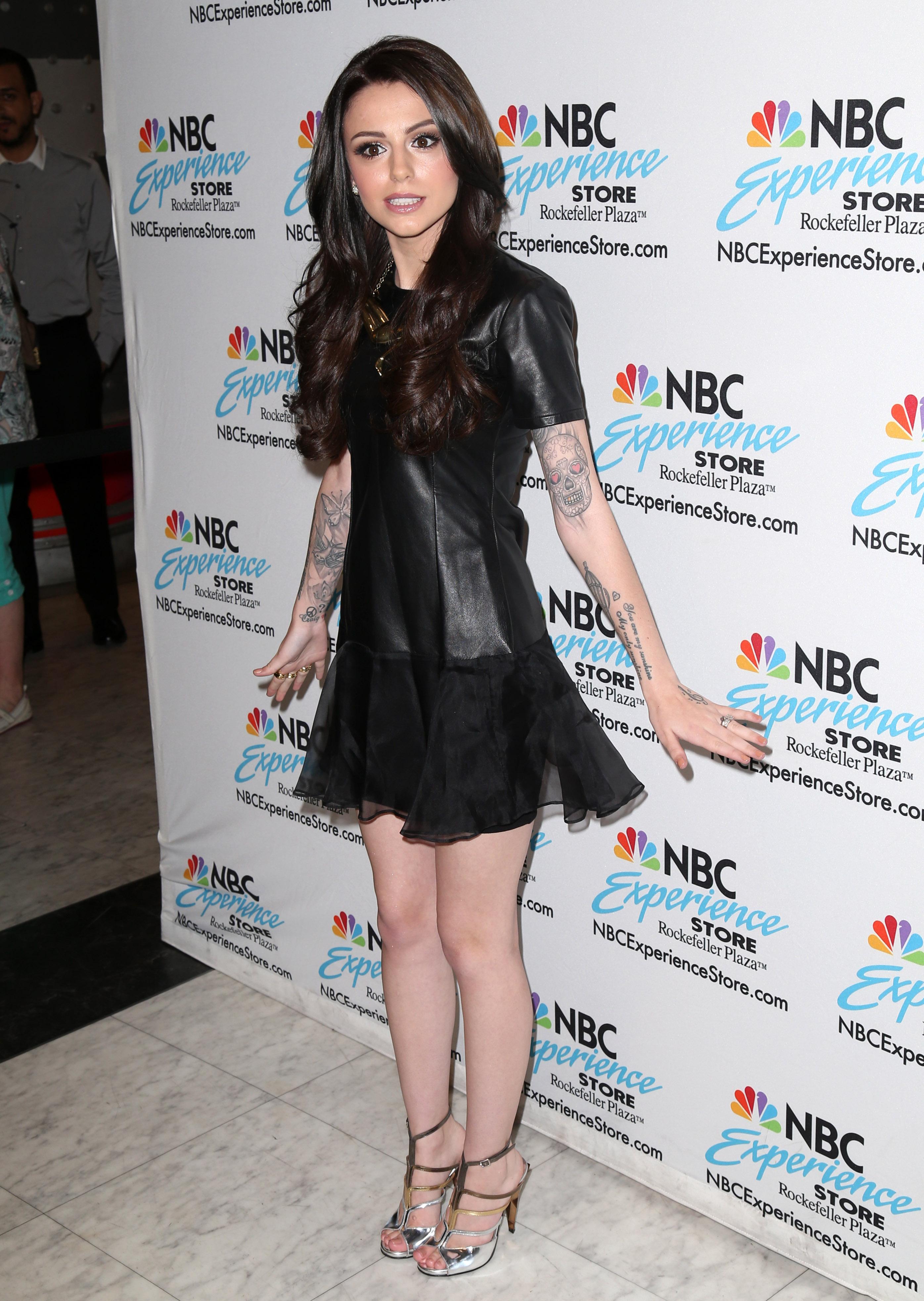 amazon Volumen groß neueste Art von Cher Lloyd's Feet << wikiFeet
