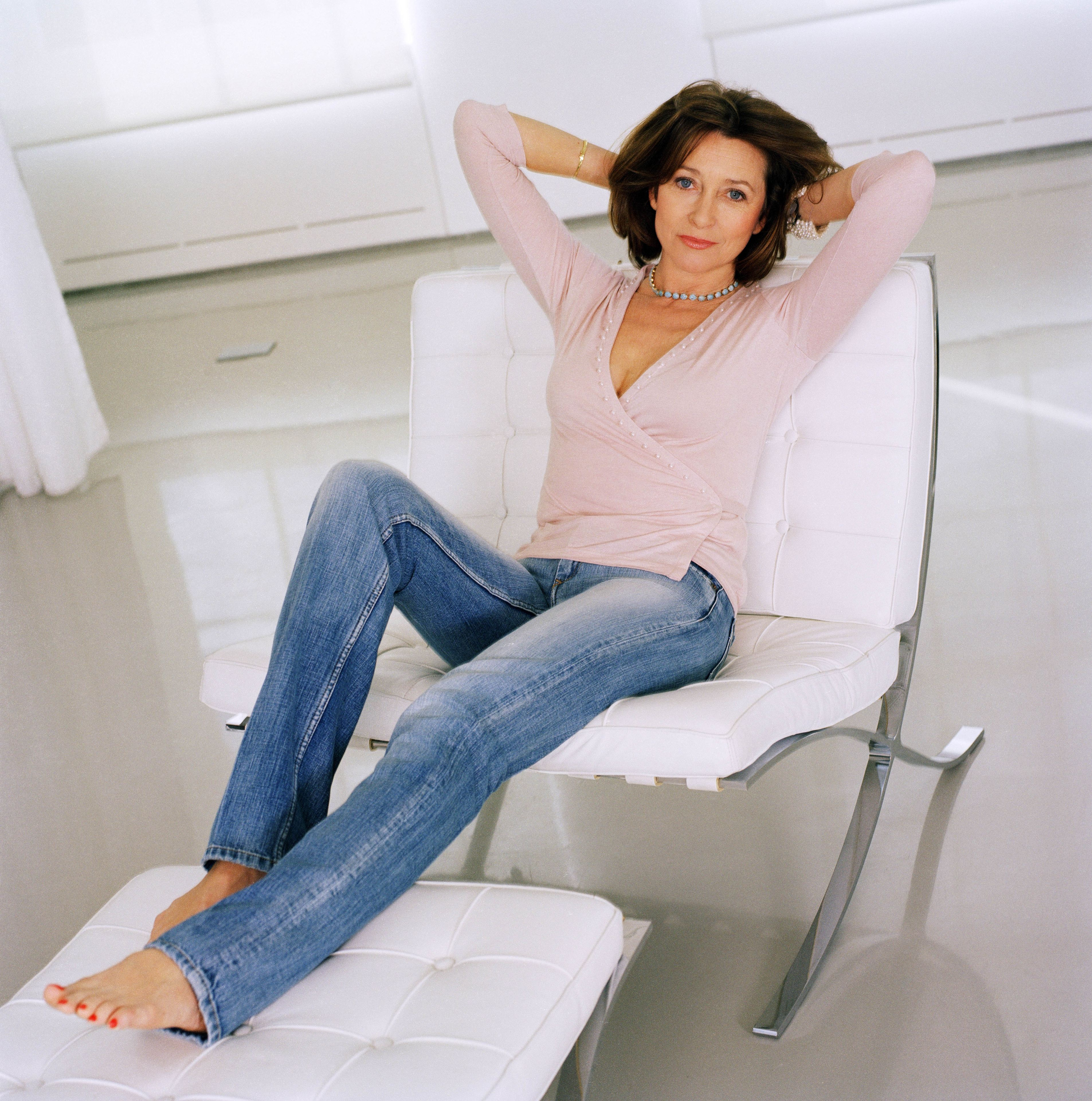 Cherie Lunghi's Feet (280353)