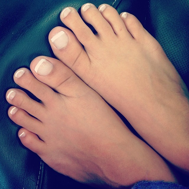 Wiki feet sexy video - 3 7