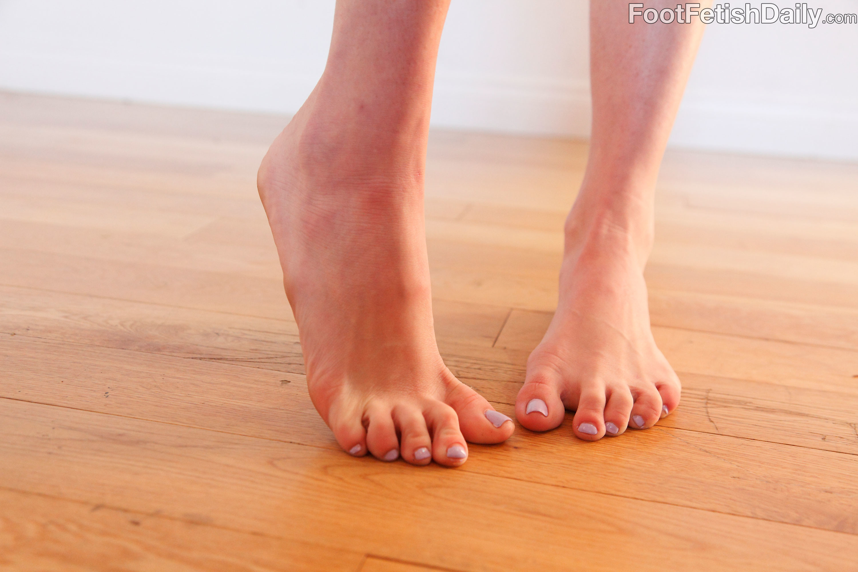 chloe foster feet