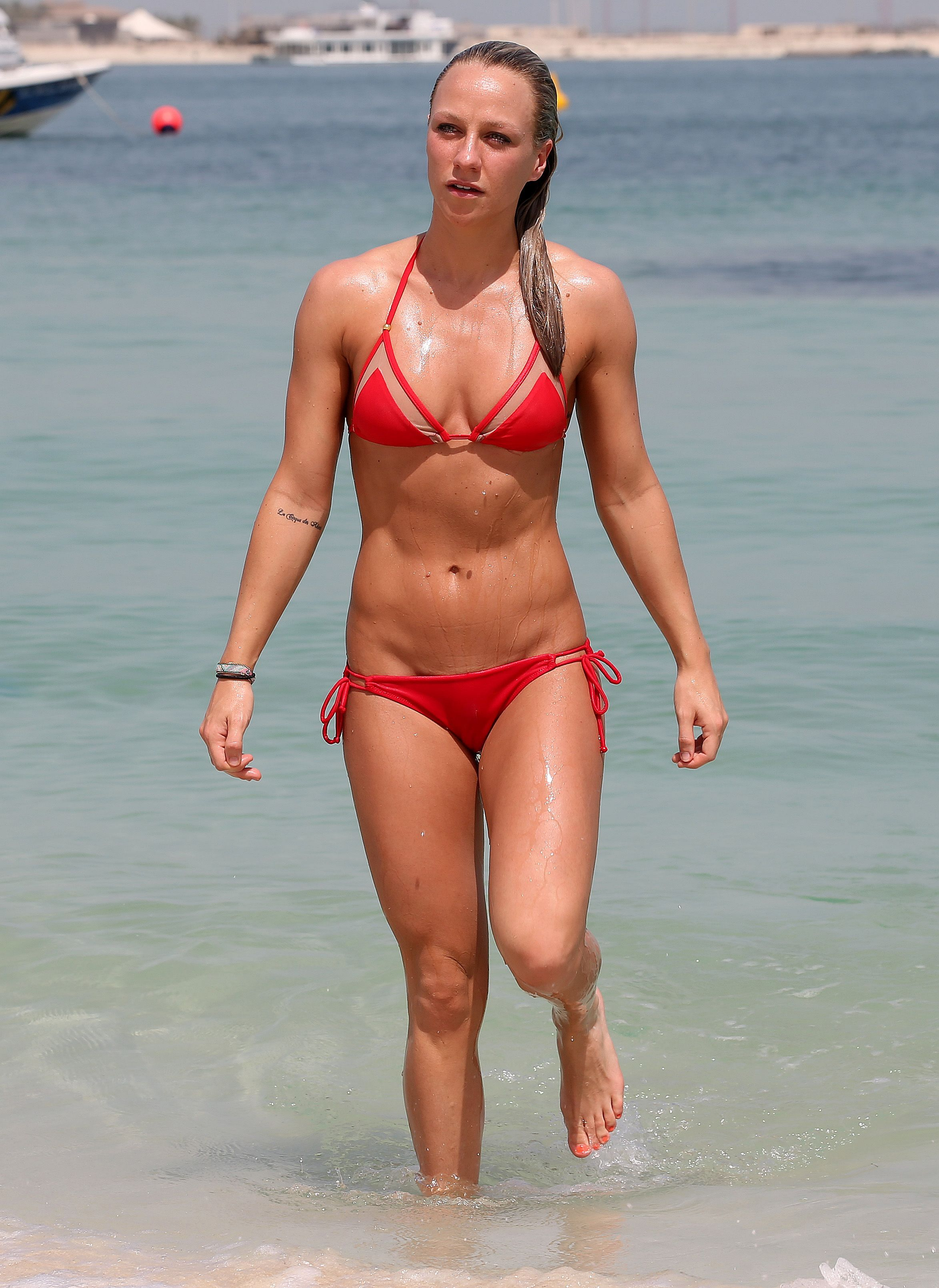 Amanda brazil blanco y negro - 2 2
