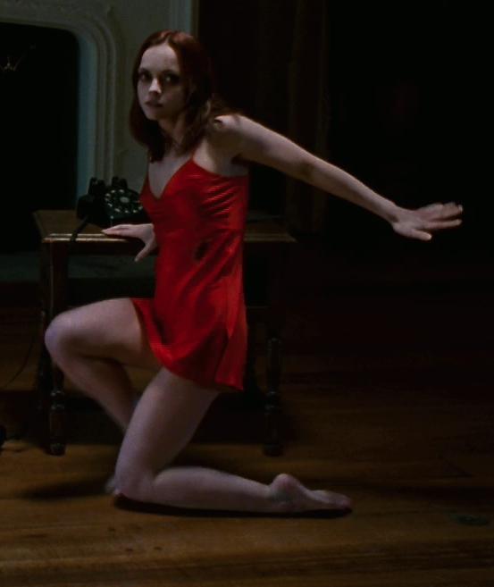 Christina ricci foot