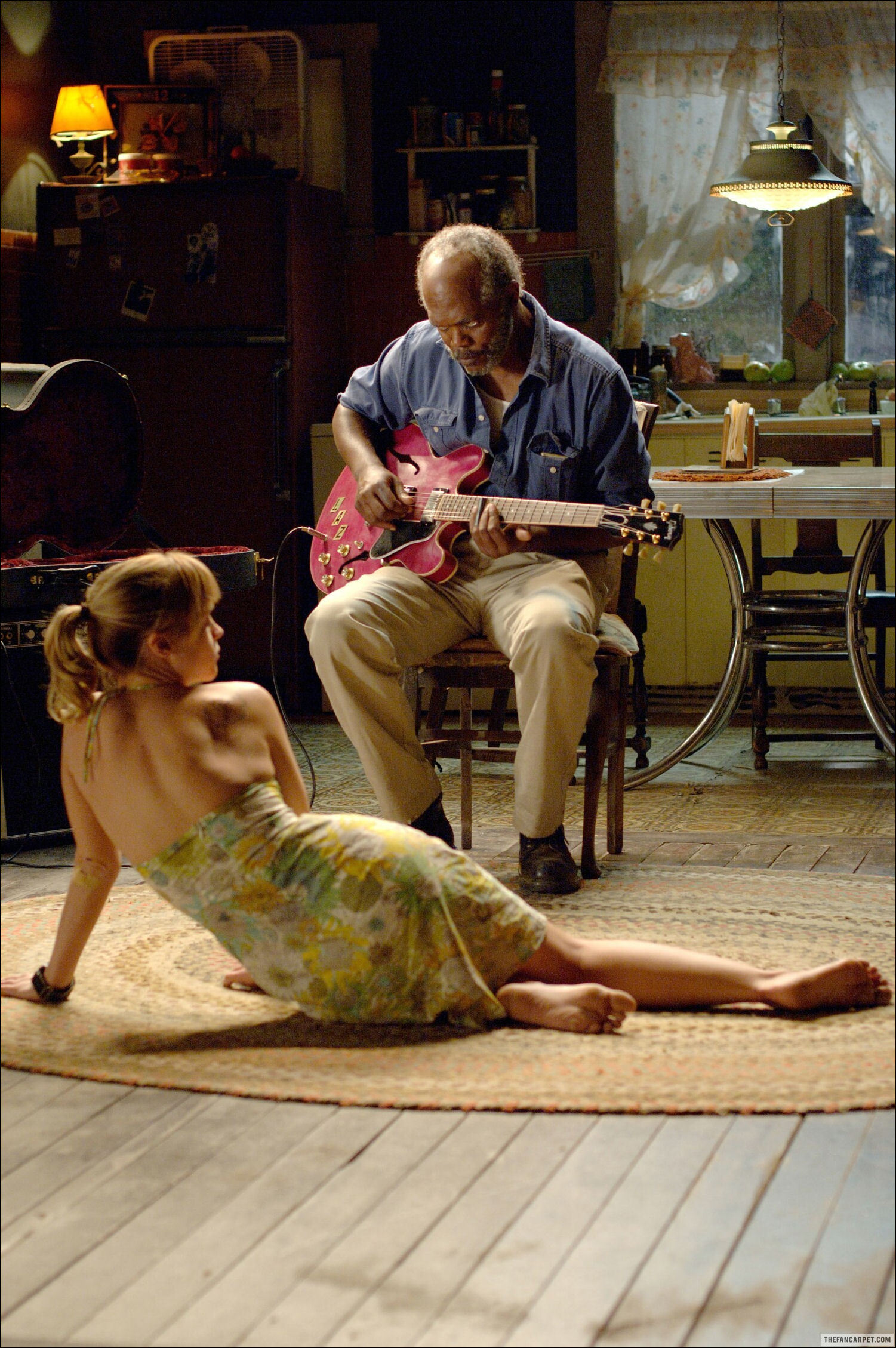 Christina ricci in after life - 1 3