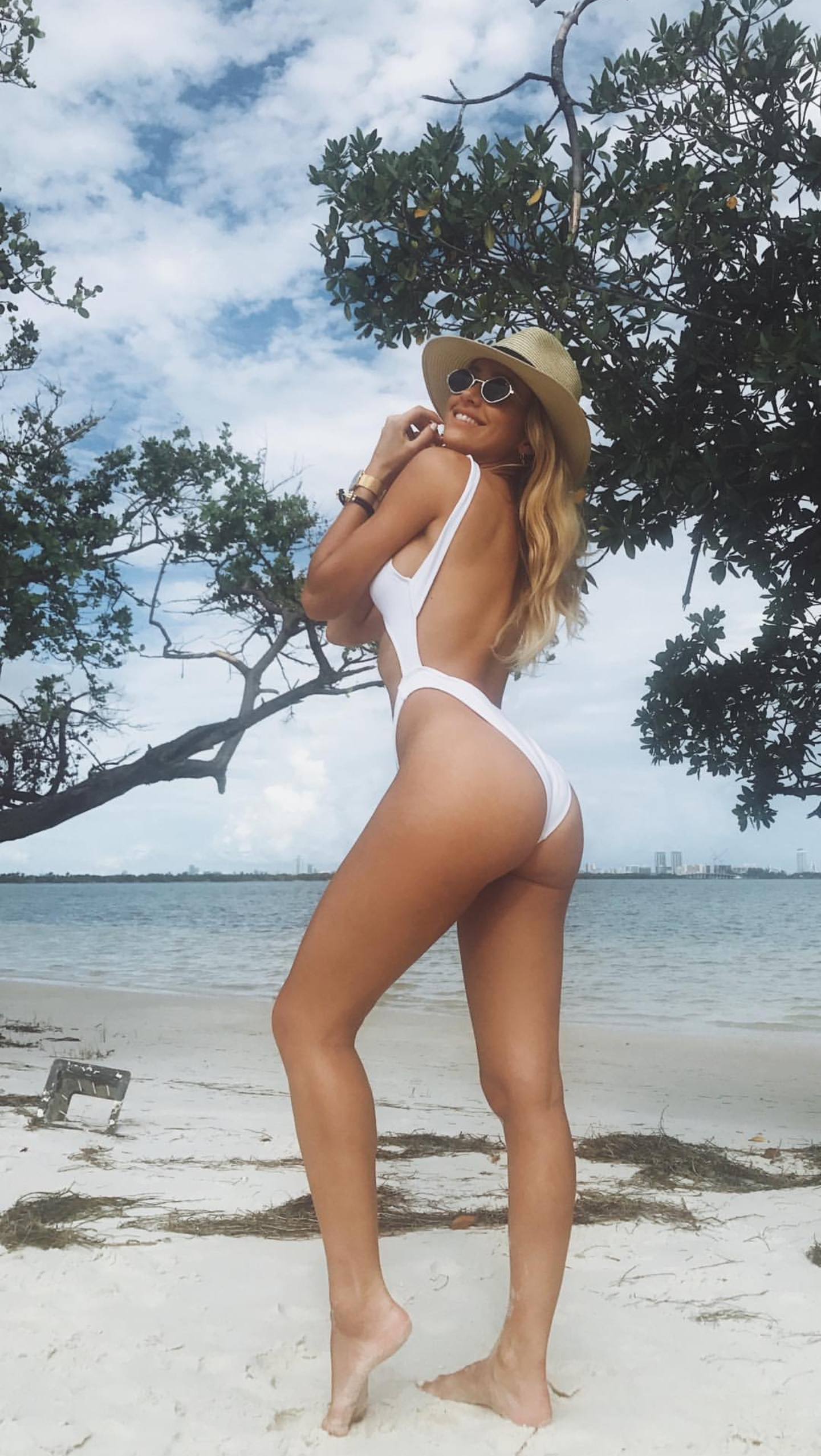 Feet Cindy Prado nude (21 photo), Ass, Bikini, Instagram, cleavage 2006