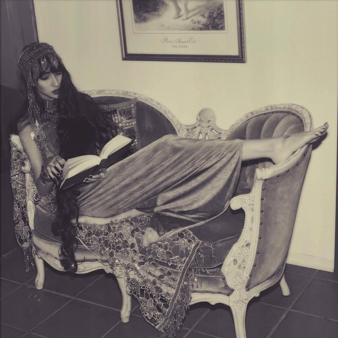 Ciscandra-Nostalghia-Feet-2666642.jpg