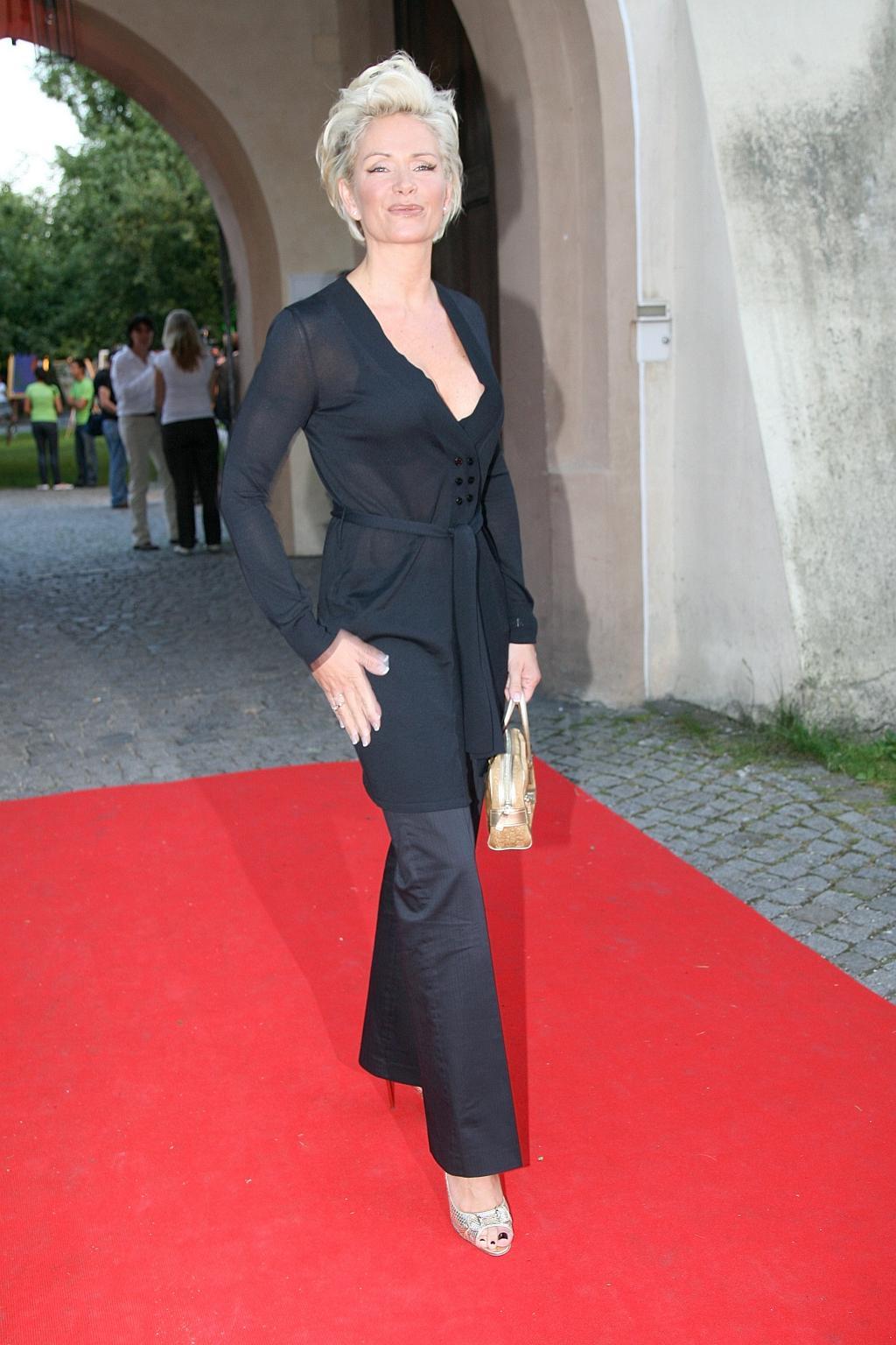 Claudia Effenbergs Feet Wikifeet