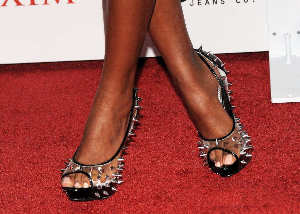 Claudia Jordan's Feet Katie Holmes Married