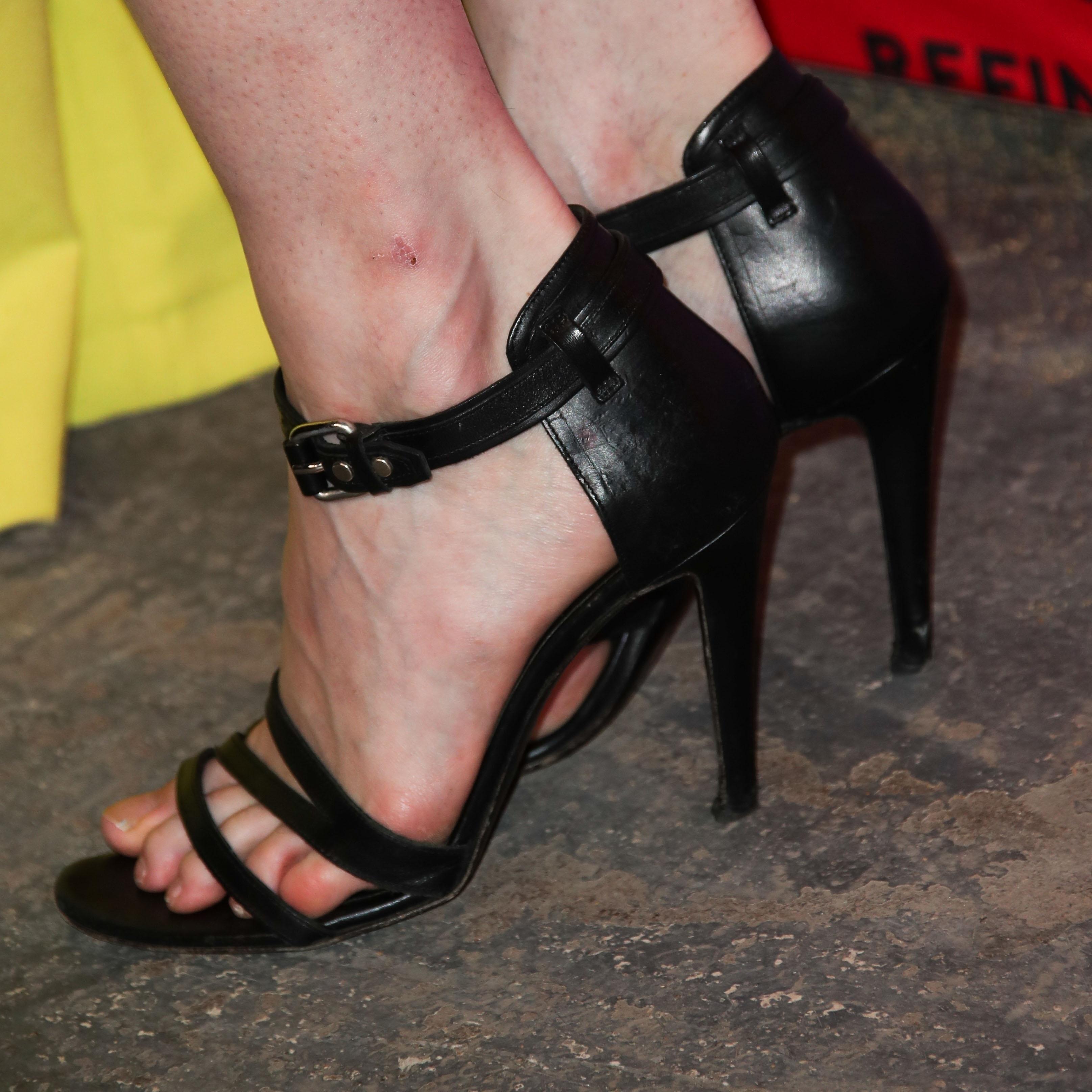 Coco Rochas Feet Wikifeet