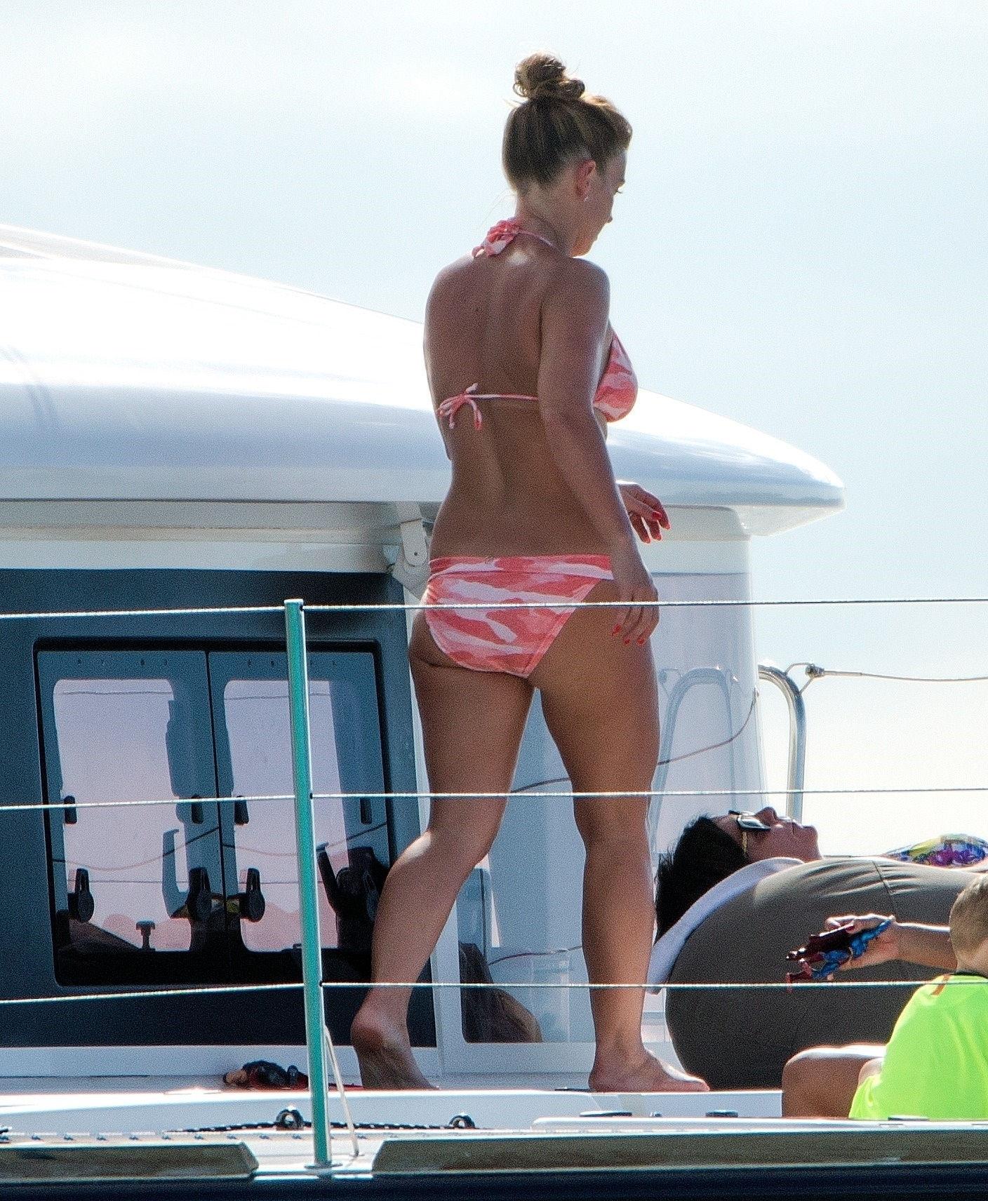 Feet Coleen Rooney naked (75 photos), Sexy, Bikini, Twitter, in bikini 2020