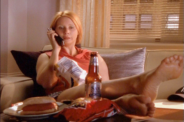 Gwyneth paltrow sexy soles in pose - 2 part 6