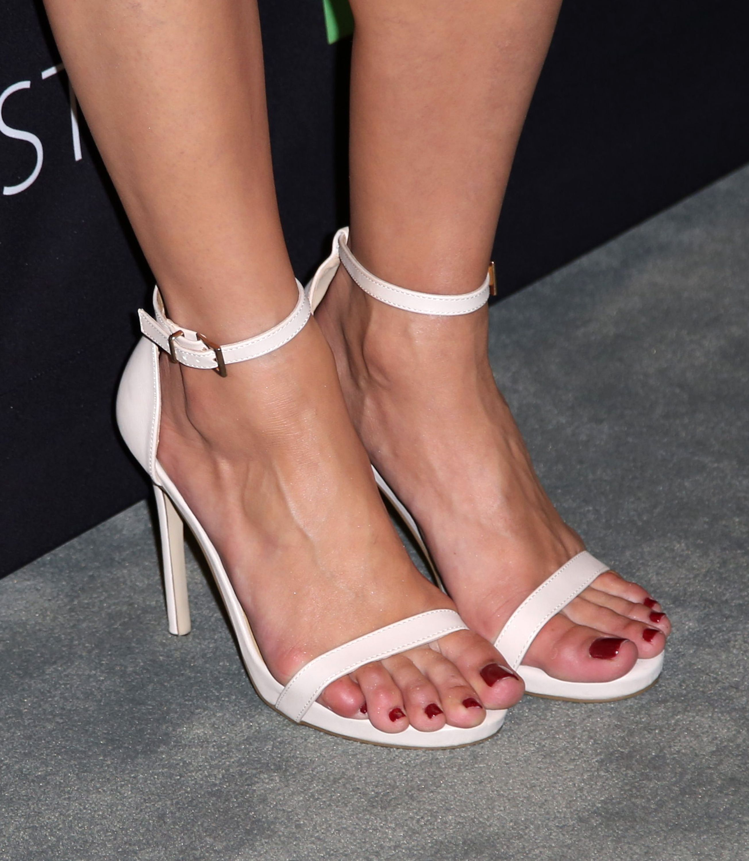 Dana DeLorenzo's Feet