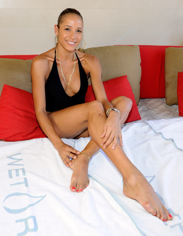 Dania Ramirez S Feet