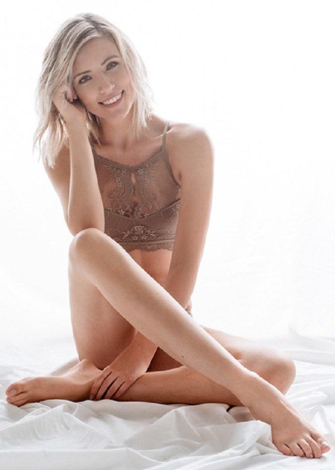 Feet Lauren Maltby nude (91 fotos) Fappening, 2019, bra