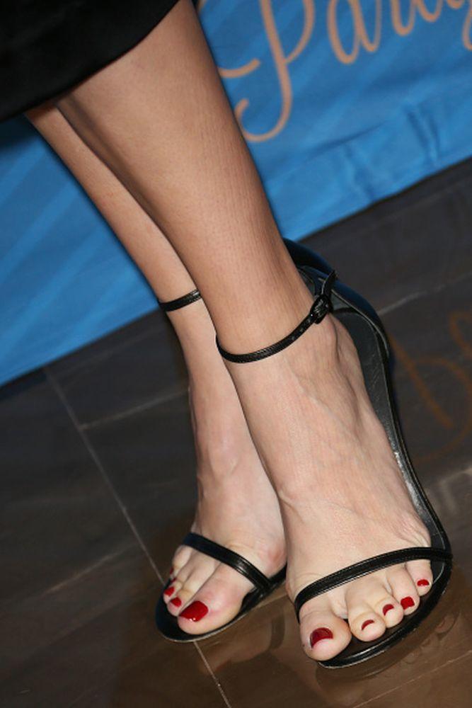 Feet nude Danielle panabaker