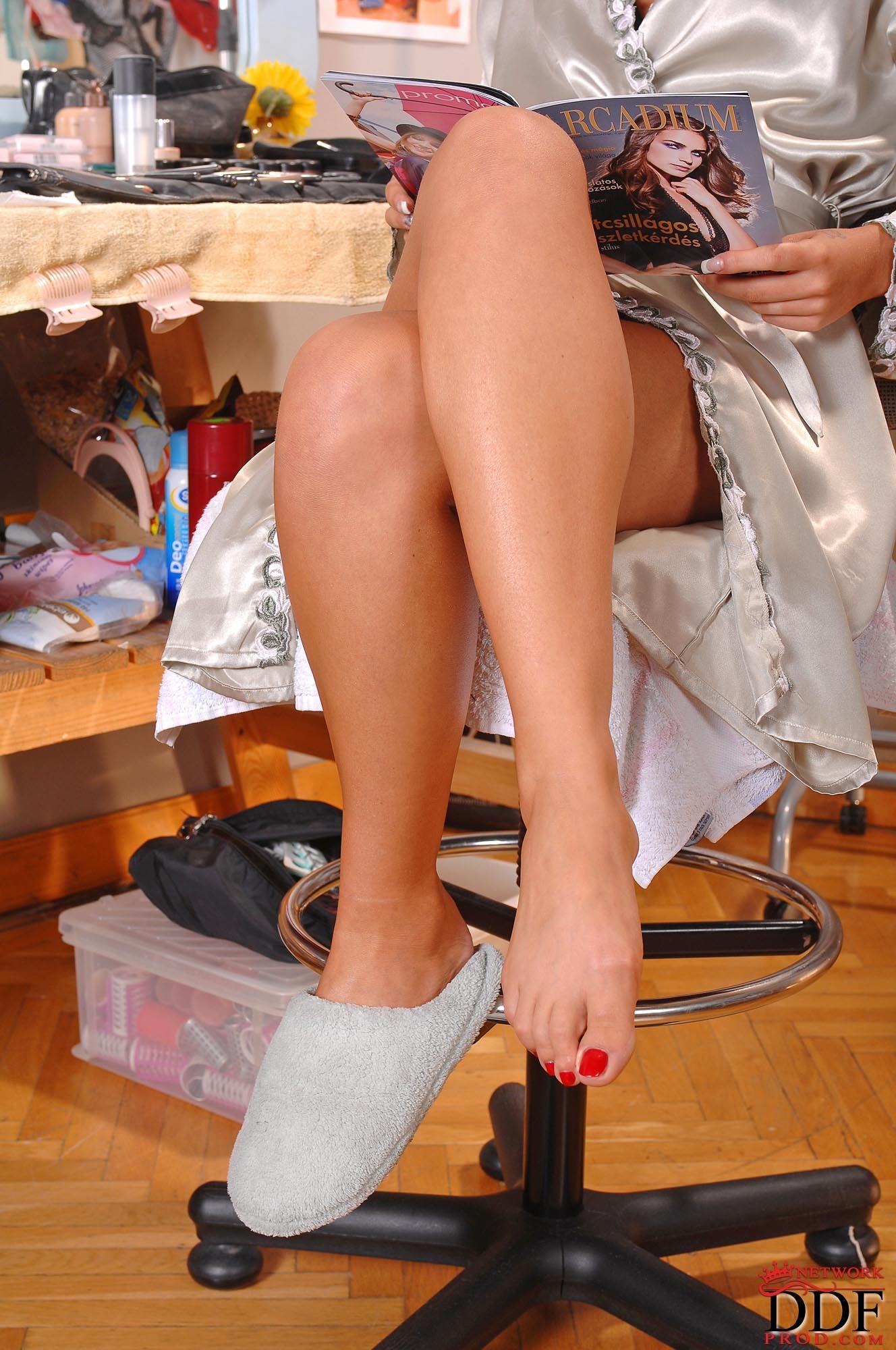 White feet Debbie