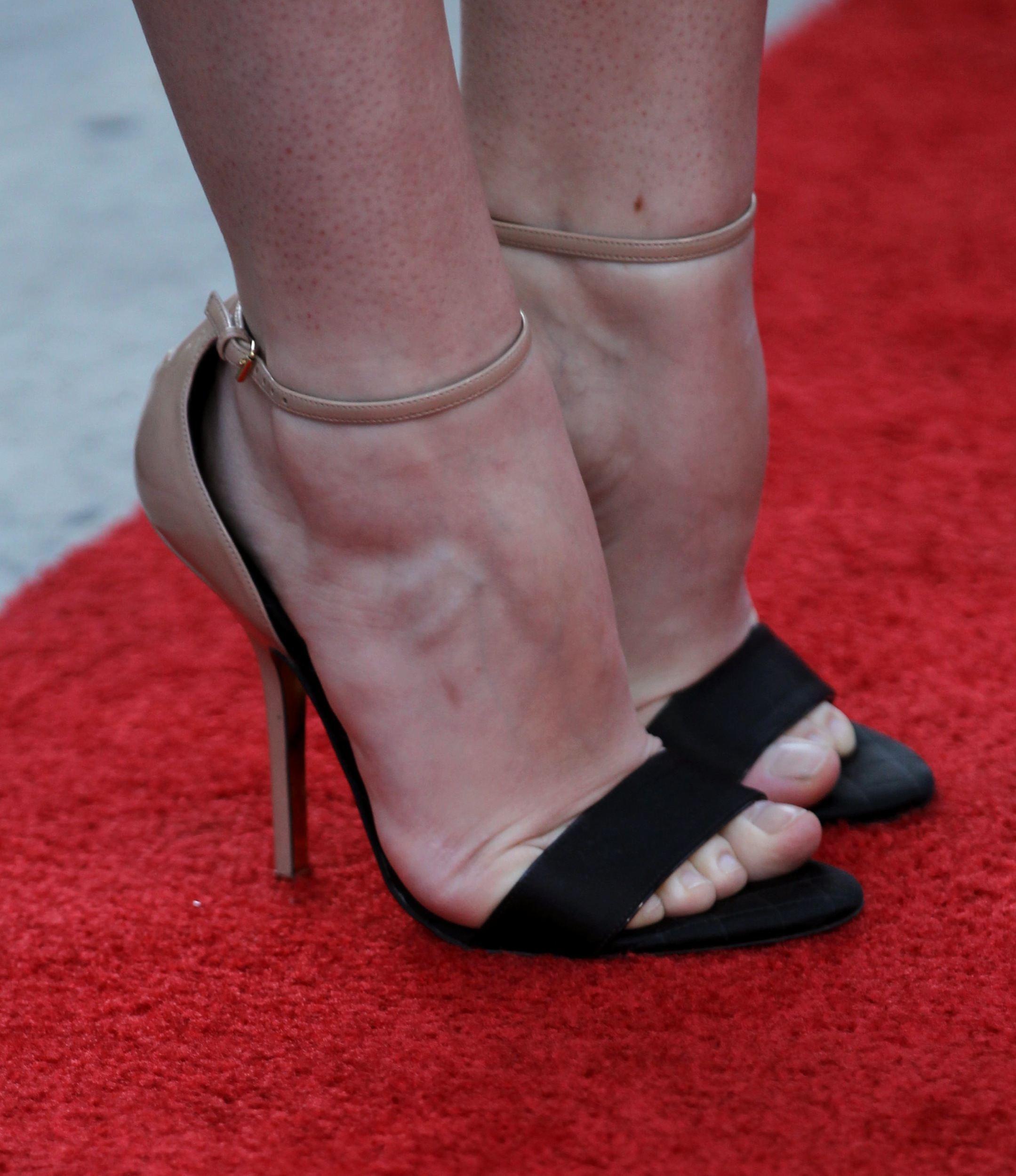 Deborah Ann Wolls Feet
