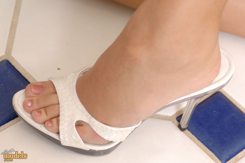 Dee Lilly's Feet