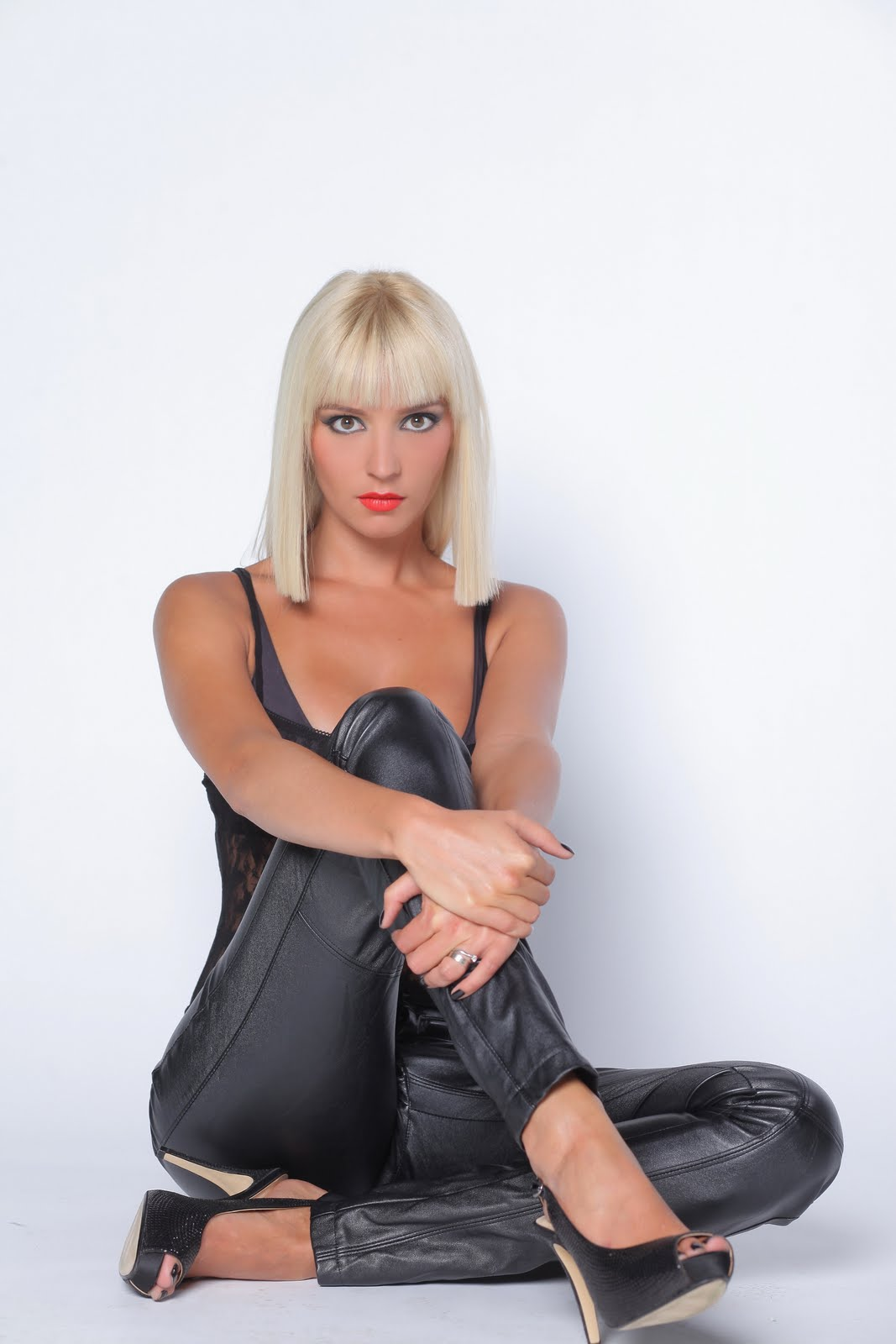 Diana Dumitrescu Nude Photos 43