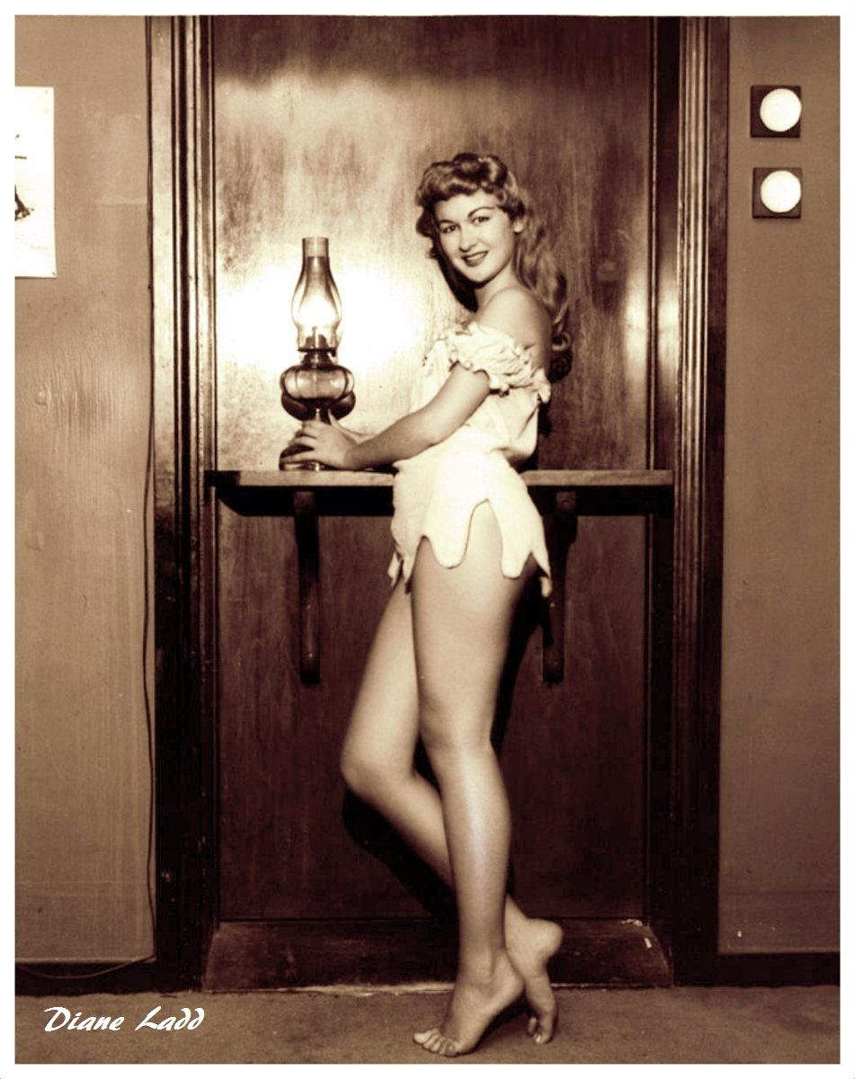DIANE LADD YOUNG PINUP 1950s SEXY SWIMSUIT 2 1/4 CAMERA ...  |Diane Ladd Young