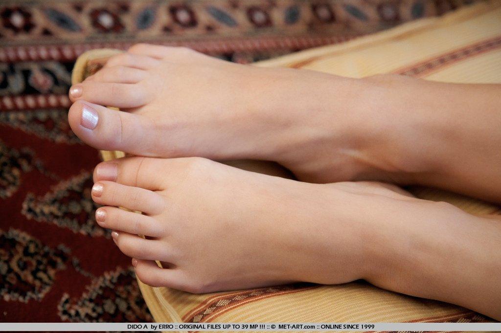 Пальчики голых женщин фото