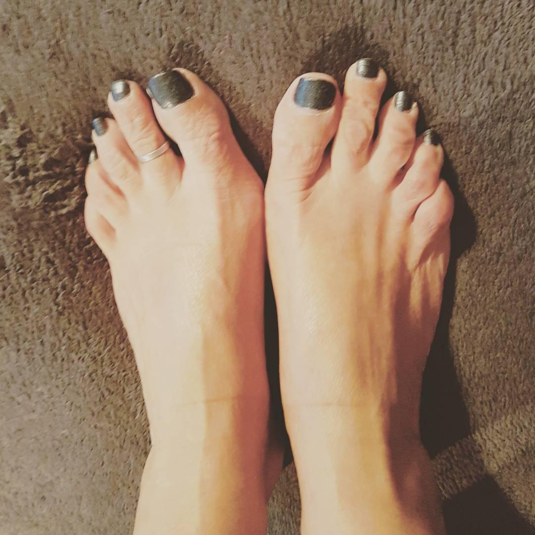 Dirty Tinas Feet