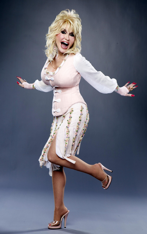 Dolly Partons Feet-3813