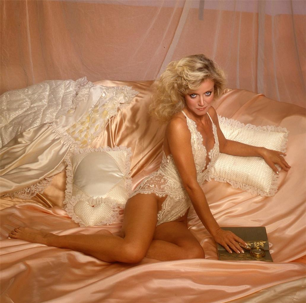 That result.. Donna mills very hot would