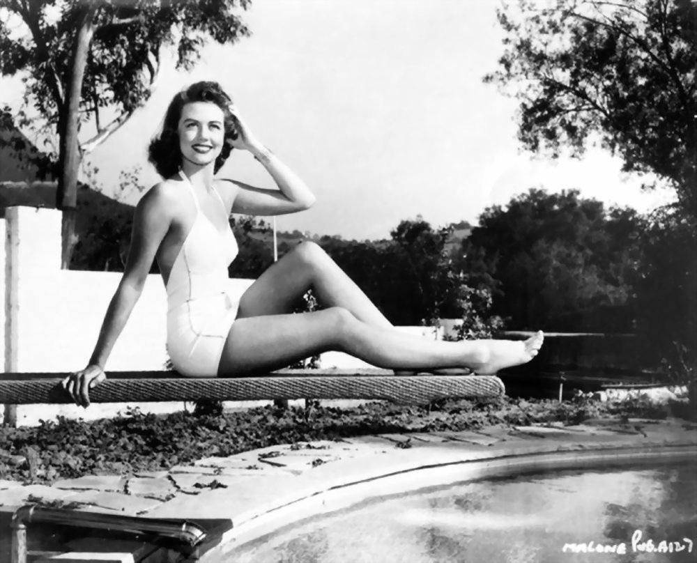 dorothy malone dead
