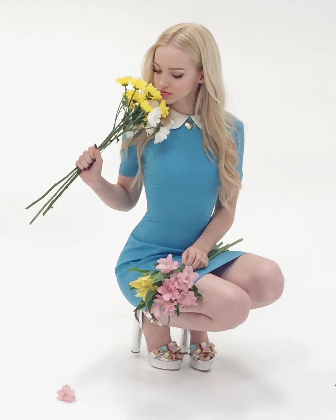 Feet Dove Cameron nudes (93 pics) Fappening, Facebook, see through
