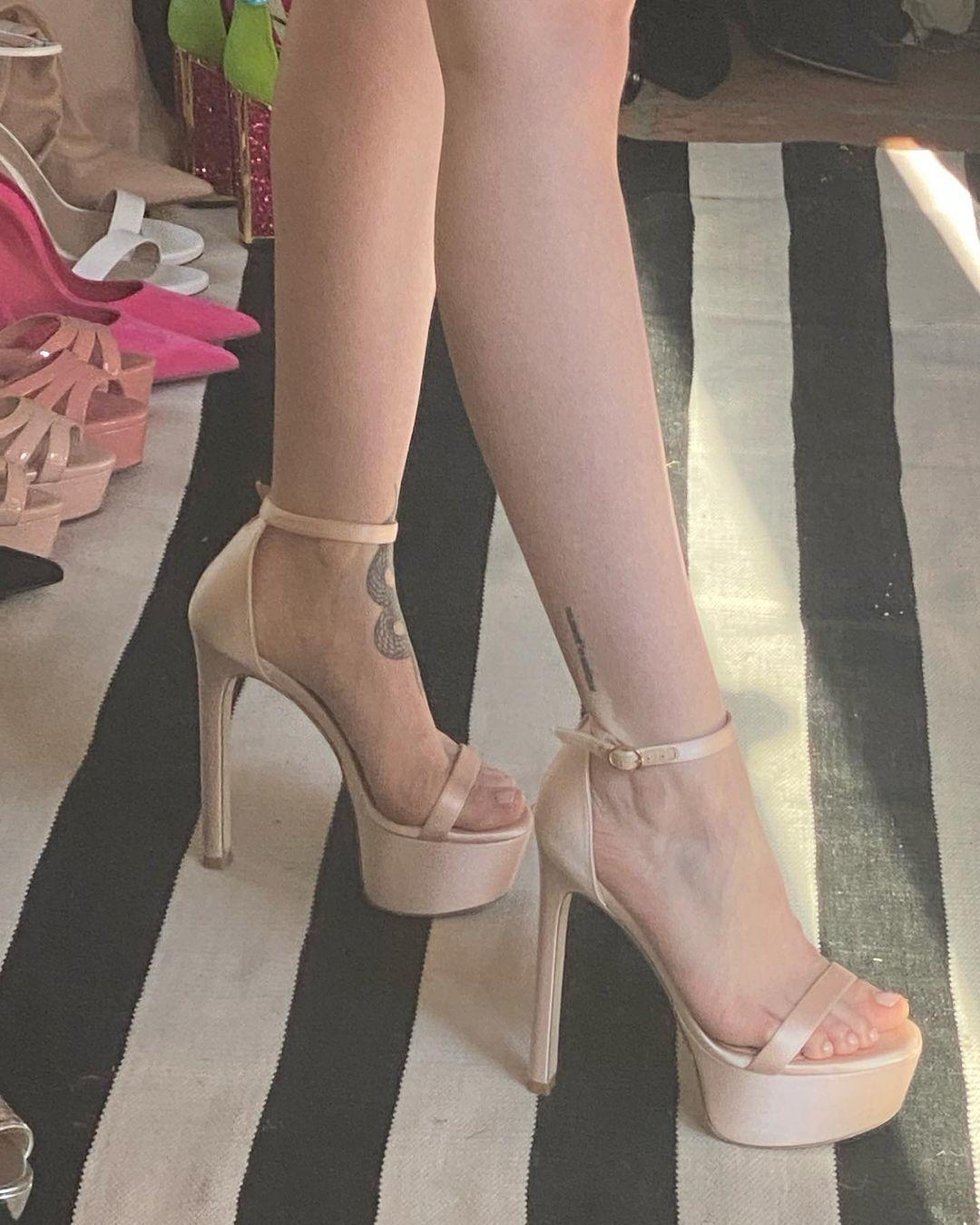 Dove cameron feet